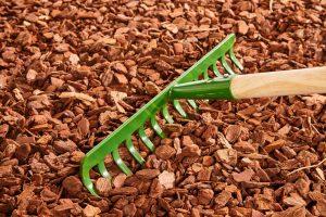 gray la mulch installation 3
