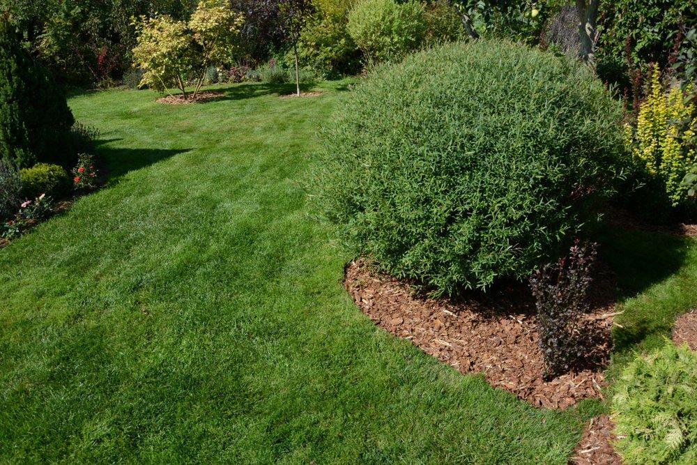 gray la mulch installation